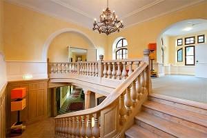 Stiegenaufgang Schloss Kassegg