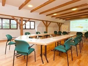 Seminarraum mit Waldblick Schloss Kassegg