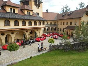Ferraritreffen Schloss Kassegg