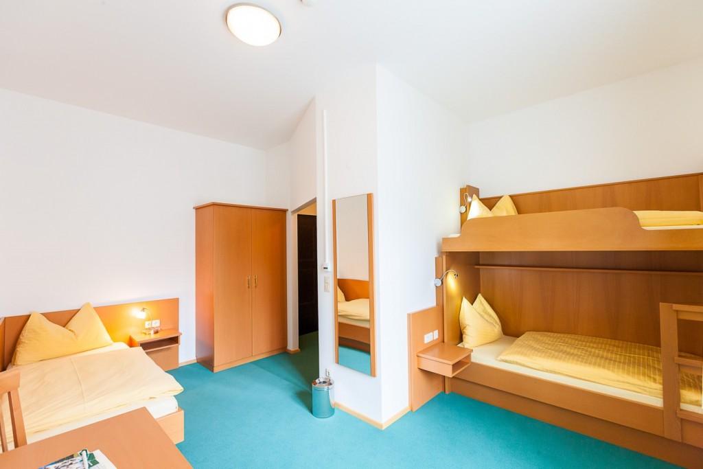 zimmertypen hotel. Black Bedroom Furniture Sets. Home Design Ideas